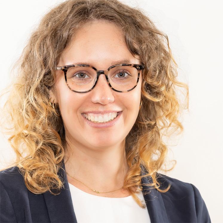 Julia Knoch, Gastgeberin im ZEITRAUM
