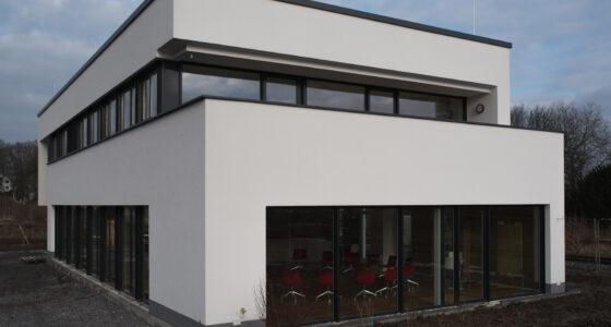 Außenansicht des ZEITRAUM in Lennep mit Blick in den Seminarraum